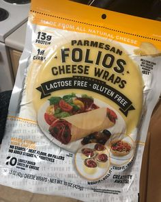 Costco Is Selling Cheese Wraps, And Cutting Carbs Has Never Been Easier Folios Cheese Wraps are lactose free, gluten free, low-carb alternatives to tortillas. They are available at Costco and other retailers. Low Carb Recipes, Diet Recipes, Cooker Recipes, Comida Keto, Cheese Wrap, Carb Alternatives, Keto Meal Plan, Keto Bread, Low Carb Diet