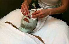 Signature Day Spa has some expertise in back rub and healthy skin administrations. We offer rub, facials, waxing, body medications and spa bundles. Facials may include a variety of treatments to clean, exfoliate and moisturize your skin, heal acne scars or hyper-pigmentation, and improve the tone and surface of your skin.