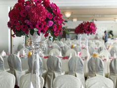 Dekoracja sali weselnej fuksja Glass Vase, Table Decorations, Home Decor, Flamingo, Decoration Home, Room Decor, Home Interior Design, Dinner Table Decorations, Home Decoration