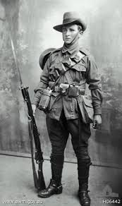 The Light Horse (South Australian Mounted Rifles) SAMR) is a Reserve light cavalry regiment of the Australian Army based in Adelaide. Anzac Soldiers, Ww1 Soldiers, World War One, First World, Commonwealth, Ww1 Photos, Anzac Day, Military Personnel, Military Uniforms