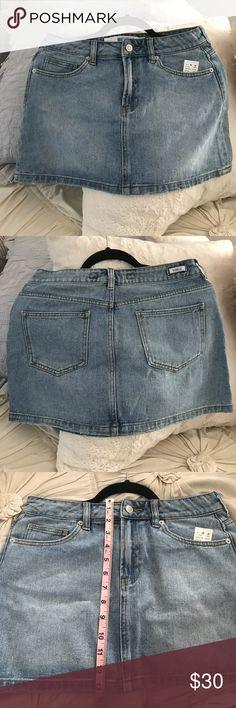 Brandy Melville denim skirt Brandy Melville denim skirt. NEW WITH TAGS!! Size marked 27 (translates to women's 4). Brandy Melville Skirts