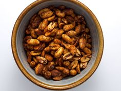 Cajun-Spiced Peanuts. #snack http://www.ivillage.com/easy-appetizer-ideas/3-b-339970#340002