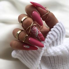 ✔ most sexy and trendy prom and wedding acrylic nails and matte nails for this season 24 Stylizacja wykonana produktami od ✌🏼 520 ponownie, tym razem w matowym wydaniu, bardzo lubię ten kolor 😍 zdobienia paint gel. Stylish Nails, Trendy Nails, Matte Nails, Stiletto Nails, Wedding Acrylic Nails, Leopard Print Nails, Nagellack Design, Glamour Nails, Sexy Nails