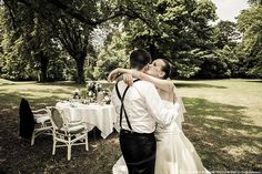 An ecstatic Russian wedding with all its traditions in the Chateau de Montcaud at Sabran, Provence France. In the garden of this amazing venue, wine tasting, picnic chic under old trees and car trip in lavenders and vineyard...Memories of magical moments !