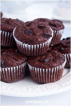 Czekoladowe muffinki bananowe - I Love Bake Cake Recipes, Dessert Recipes, Sweet Little Things, Chocolate Desserts, Diy Food, Food Inspiration, Baked Goods, Love Food, Food And Drink