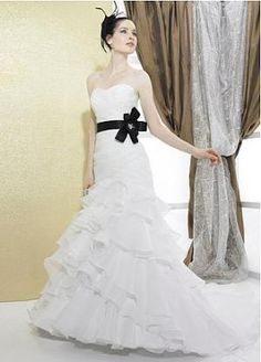 Buy discount Elegant Organza Satin Princess\ Trumpet Strapless Sweertheart Neckline Wedding Dress with Beadings and Handmade Flower at dressilyme.com