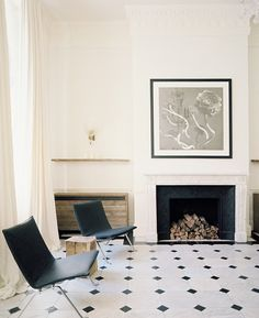 Habitually Chic®: Black and White and Read All Over