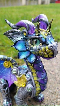 Custom Baby Dragon standing by MakoslaCreations on Etsy Magical Creatures, Fantasy Creatures, Polymer Clay Dragon, Dragon Pictures, Cute Dragons, Baby Dragon, Arte Popular, Dragon Art, Dragon Crafts