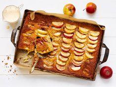 Omenapiirakka   Valio Apple Pie, Waffles, French Toast, Good Food, Goodies, Food And Drink, Cheese, Baking, Breakfast