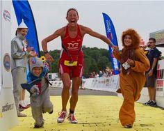 «Жизнь без границ» — очень откровенная и искренняя книга о жизни четырехкратной чемпионки по триатлону Крисси Веллингтон