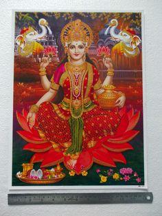 Short videos, playlists of mantra, aarti, chalisa and bhajans on Hindu Gods and Goddesses. Lakshmi Photos, Lakshmi Images, Krishna Images, Divine Mother, Mother Goddess, Goddess Art, Goddess Lakshmi, Swami Samarth, Lord Vishnu Wallpapers