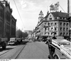 Fil:Bundesarchiv Bild 121-0666, Oslo, Karl Johannesgat-Strasse.jpg