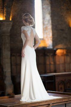 Robe de mariée Collection Calais - www.fabiennealagama.com #fabiennealagama#collectioncalais#robedemariee