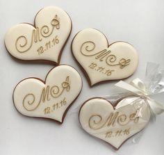 Wedding Shower Cookies, Wedding Cake Cookies, Cookie Wedding Favors, Cookie Favors, Wedding Candy, Wedding Desserts, Engagement Party Cookies, Anniversary Cookies, Wedding Order
