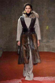 Marni Ready To Wear Fall Winter 2015 Milan Fall Winter 2015, Spring Summer 2015, Autumn, Live Fashion, Fashion Show, 2015 Trends, Runway Fashion, Milan Fashion, Fashion Trends