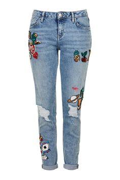 MOTO Badged Lucas Slim Boyfriend Jeans - Topshop