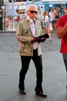 """Newfashionleader : Army Style of Now! LE STYLE MILITAIRE ENVAHIT LA MODE. """"Porter une veste MILITAIRE tout en ignorant ce que représente le véritable uniforme... C'est la définition du LUXE"""" Le Kaizer KARL LAGERFELD s'y prête au jeu d'une manière élégance !"""