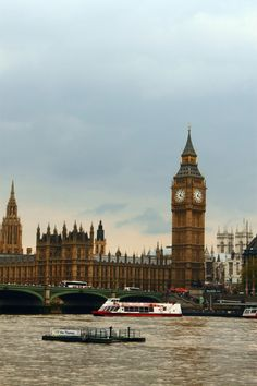 London Photo: This Photo was uploaded by lauranaude. Find other London pictures and photos or upload your own with Photobucket free image and video host...