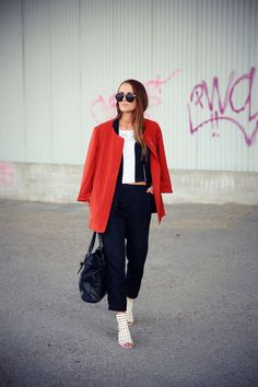 Inspiration I Fashion I Interior I Workout Attitude, Duster Coat, My Style, Jackets, How To Wear, Outfits, Inspiration, Tops, Fashion