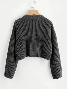 Vented Hem Chunky Knit Crop Jumper -SheIn(Sheinside) Source by brealouise Cropped Pullover, Cropped Sweater, Cropped Jumpers, Knit Jumpers, Cute Jumpers, Gray Sweater, Chunky Knit Jumper, Chunky Knits, Knitted Jumper Outfit