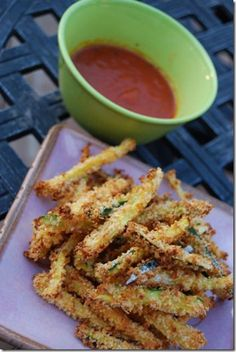 Crispy Parmesan Zucchini Fries (1/26/13: Link to source no longer works) - TEE