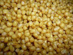 Παραδοσιακά κόλυβα - Γιαγιά Μαίρη Εν Δράσει Black Eyed Peas, Beans, Vegetables, Sweet, Food, Recipes, Candy, Essen, Eten