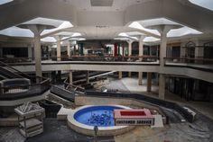 38 Bleak Photos of Abandoned Shopping Malls | Mental Floss
