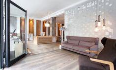 Arbeitsplätze in schönem One-Room-Laden in Maxvorstadt #Büro, #Bürogemeinschaft, #Office, #Coworking, #München, #Munich