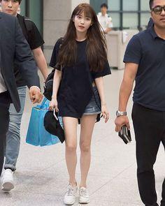2016/08/28 IU Arrived Incheon Airport. After finished 2016 Good Day China Concert. #iu #iu_real #iunews #dlwlrma #dlwlrma_iu #leejieun #leejieun_iu #iufans #kpop #kpopidol #kpopstar #uaena #pretty #cute #girl #lovely #singer #beautifulwomen #beautifulgirl #2016goodday #incheonairportkorean