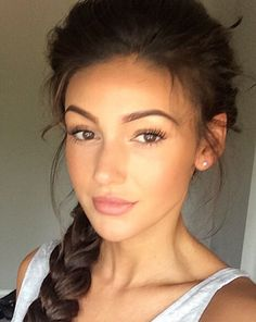 Mark Wright's wife rarely looks unpolished [Michelle Keegan/Instagram] - Michelle Keegan's beauty product tips