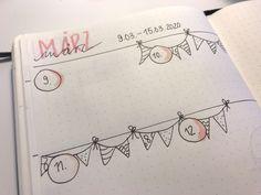 Drollige Idee für die Wochenübersicht im Bullet Journal: Kleine Wimpelkette mit Datum - aus mein Bullet Diary selbstgemacht - Mehr Ideen findest du auf Mamaskind.de Weekly Log, Banner, Lettering, Journaling, Notebook, Draw, Bullet Journal Notebook, Bullet Journal Ideas, Homemade