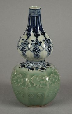 Gourd-shaped (HYOTAN) Bottle with Jewel String and Molded Floral Design | Edo period (1615–1868) Date:18th century