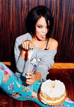 Celebrities Eating Food : theBERRY