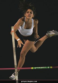 All sports fans will surely like this post I suppose, Enjoy beautiful photos of Allison Stokke in action! Allison Stokke is a champion pole-vaulter. Tight Abs, Beautiful Athletes, Nike Tank Tops, Sporty Girls, Poses, Sports Stars, Track And Field, Athletic Women, Female Athletes