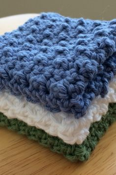 Setting Up House – Knotted Up In String - Crafts Knitted Washcloths, Crochet Dishcloths, Crochet Stitches, Crochet Home, Free Crochet, Crochet Baby, Knit Crochet, Crochet Square Patterns, Crochet Designs