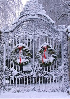 Christmas Gate... Niagara on the Lake #CDNGetaway