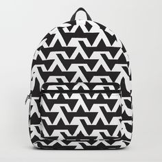 Brick pattern black and white design in backpack. Black And White Backpacks, Art Bag, Brick Patterns, Black And White Design, Zig Zag, Cool Stuff, Stuff To Buy, Fashion Backpack, Cool Art