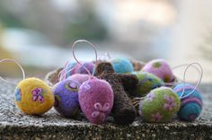 more felted eggs
