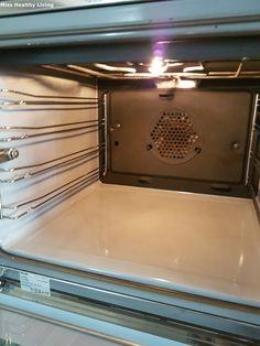 Πώς να καθαρίσεις τον φούρνο με οικολογικό τρόπο Conditioner, Home Appliances, Cleaning, Oven, Homework, Tips, House Appliances, Appliances, Ovens