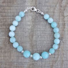 Armband van lichtgroen-blauwe chalcedoon | Armbanden | SEWISO