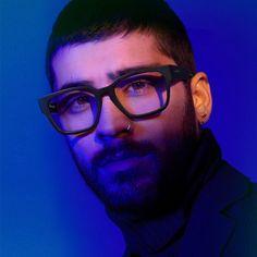 Zayn Malik Glasses, I Just Miss You, Zayn Mallik, Zayn Malik Photos, Larry Stylinson, Beautiful Boys, Bad Boys, Pretty People, Eyebrows