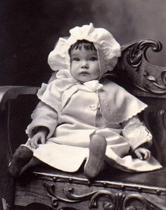 vintage photos of children -- meet joshua smith, child photographer extraordinaire -- clever blog post by mitzi's miscellany