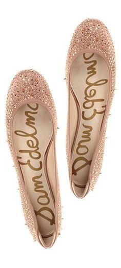 #sparkle flats :  Flat Shoes #new #Flat  #Shoes #nice #fashion  www.2dayslook.com