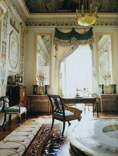 Grand Palais - Intérieur - Pavlovsk - Boudoir de Maria Feodorovna - Décoré par Vincenzo Brenna en 1791 sur un projet remanié de Charles Cameron.