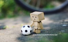 Danbo is playing football Danbo, Cute Wallpapers For Ipad, Live Wallpapers, Play Soccer, Soccer Ball, Soccer Pics, Football Soccer, Football Pitch, Soccer Pictures