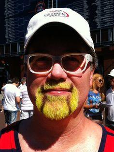 tennis-beard - now that's a fan!