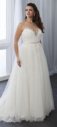 81 Best Plus Size Wedding Gowns images | Plus size wedding ...
