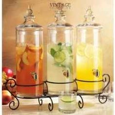 Trying to find the best glass beverage dispenser for you? The drink jars you'll find here are both elegant and have reasonable prices.    These...