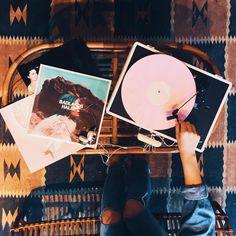 Listening to some of our favorites ✨ #UOMalibu #Malibu