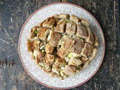 Plukbrood Pork, Meat, Chicken, Pork Roulade, Pigs, Buffalo Chicken, Cubs, Pork Chops